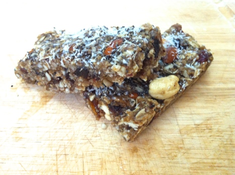No-Bake Granola Bars Becauseitsgoodforyou.com
